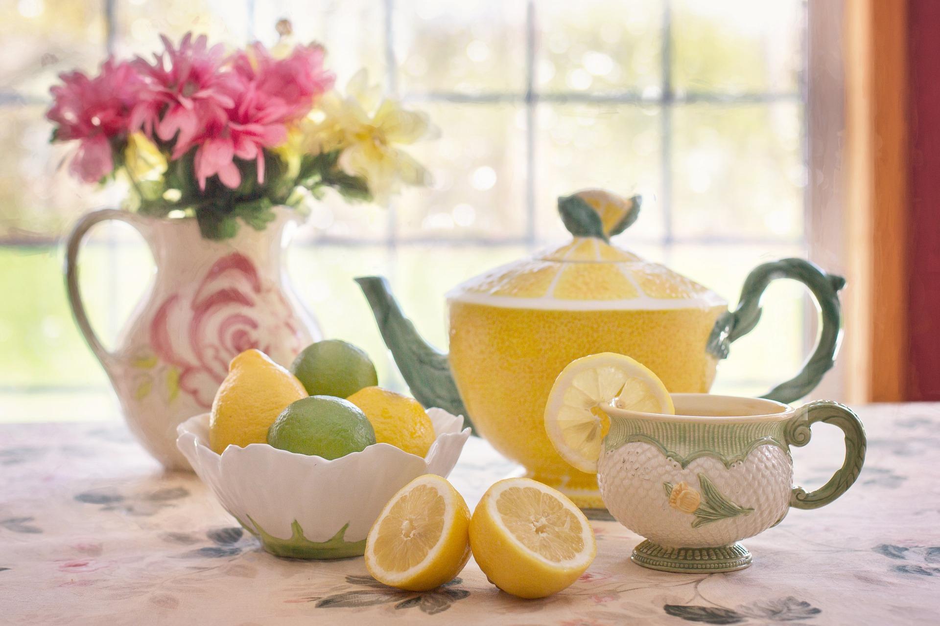 Viele Nutzer geben ein wenig CBD Öl in ihren Tee, um den Geschmack zu verbessern.